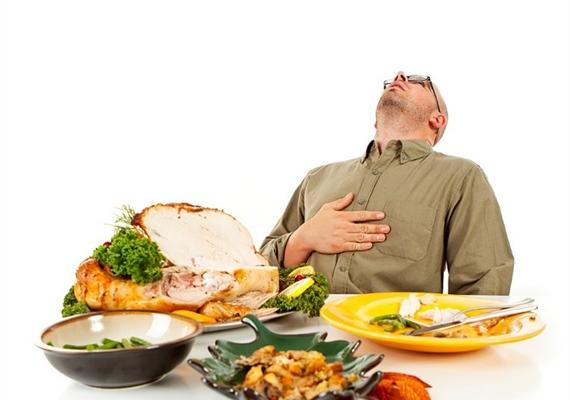 در فصل بهار باید مقدار غذای نسبت به فصلهای دیگر کمتر باشد تا فضولات کمتری در بدن انباشته شود.